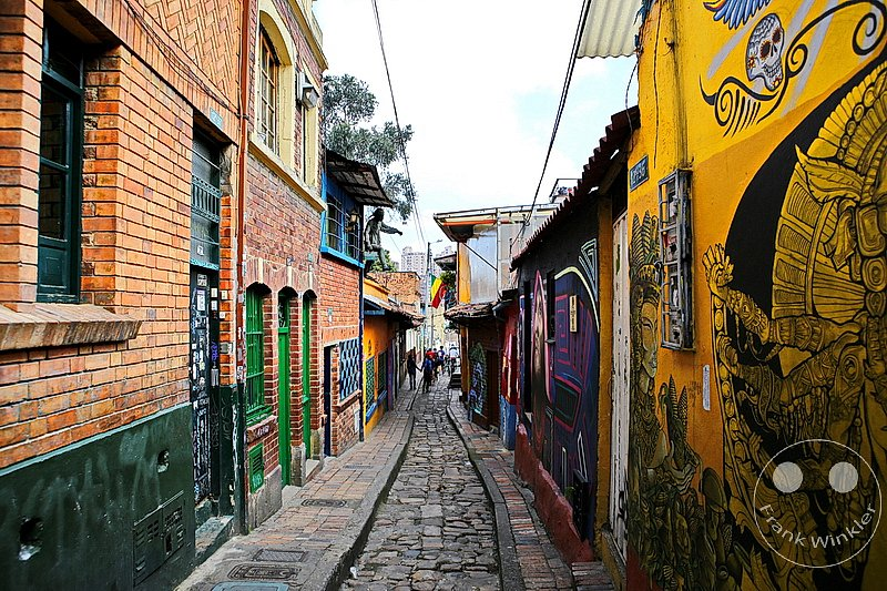 Kolumbien - Bogota -  Streetart and Graffiti - Carrera 2