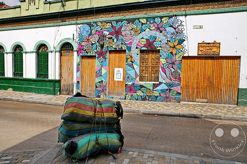 Kolumbien - Bogota -  Streetart and Graffiti - Carrera 3